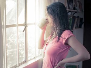 woman-drinking-coffee-morning-thinking-pensive-thoughtful-13